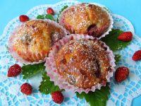 Muffinki z poziomkami i białą czekoladą