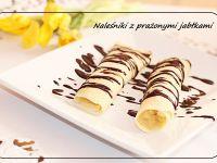 Naleśniki z jabłkiem prażonym , polane czekoladą