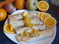 Naleśniki z karmelizowanymi jabłkami i pomarańczą