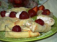Naleśniki z truskawkami serem i mascarpone