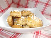 Orzechowe ciasteczka z cukrem perlistym