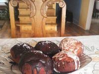 Pączki oblane czekoladą