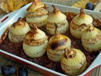 Pieczona cebula w śliwkowym chutney
