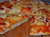 """Pizza """"Trzy sery"""" idealna dla dzieci i nie tylko"""
