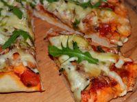 Pizza z karkówką na spodzie z dodatkiem ziemniaków