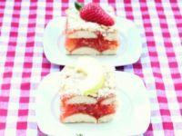 Prosta 'szarlotka' jabłkowo-truskawkowa