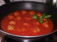 Pulpety w  sosie pomidorowo cebulowym