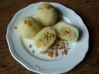 Pyzy z mięsem okraszane masłem i cebulką