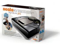 Nagroda główna - sierpień -  Robot Neato Signature Pro