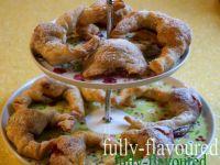 Rogaliki francuskie z truskawkami i muscovado
