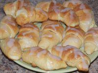 Rogaliki z serem i lukrem