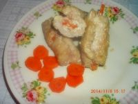 Roladki z ketchupem, serem feta i marchewką