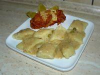 Roladki z udka i kopytka w sosie z serka topionego