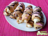 Rurki z kremem waniliowym i czekoladowym