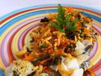 Ryba pieczona z warzywami i migdałami