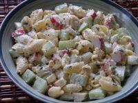 Sałatka makaronowa z paluszkami krabowymi