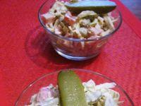 Sałatka obiadowa z korniszonami