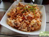 Sałatka pieczarkowo serowa z szynką