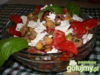 Sałatka z cieciorką,fetą i pomidorem