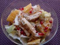 Sałatka z grillowanym kurczakiem i granatem