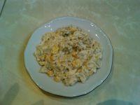 Sałatka z kurczakiem kukurydzą i brokułami