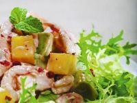Sałatka z mango, awokado, melona i krewetek