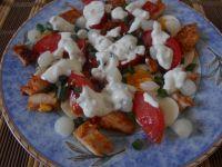 Sałatka z polędwiczkami z kurczaka