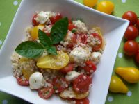 Sałatka z pomidorkami i kaszą perłową