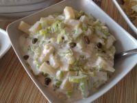 Sałatka z selera naciowego z ananasem i kaparami