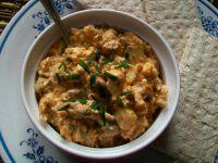 Sałatka z tofu i makreli z puszki