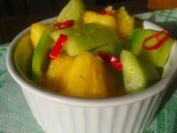 Salsa z ananasem i ogórkiem