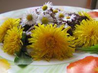 Sarnina saute z cukinią w wiosennym przybraniu