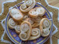 Ślimaczki z ciasta francuskiego z trawą cytrynową