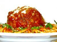 Spaghetti z klopsem