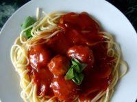 Spaghetti z kulkami indyczymi
