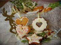 Świąteczne pierniczki choinkowe
