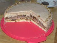Tort czekoladowo-orzechowy z powidłami