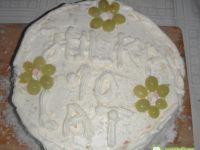 Tort urodzinowy śmietankowy :)