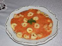 Tortellini w sosie