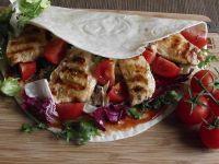 Tortilla z grillowanym kąskami kurczaka ala gyros