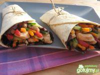 Tortille z kurczakiem i warzywami
