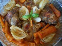 Udka z kurczaka z cebulą i marchewką