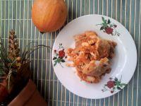 Wędzony dorsz z sosie dyniowo-marchewkowym.
