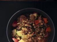 Wegański bigos warzywny z białkową lekką wkładką