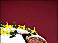 Wielkanocna babka na kajmaku