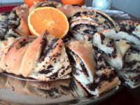 Wieniec drożdżowy makowo - serowy