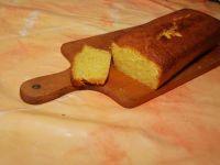 Wilgotne ciasto pomarańczowe