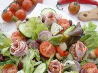 Wiosenna sałatka z szynką