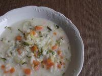 Zabielana ogórkowa z ryżem i koperkiem