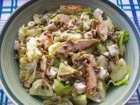 Zielona sałatka z grillowanym kurczakiem